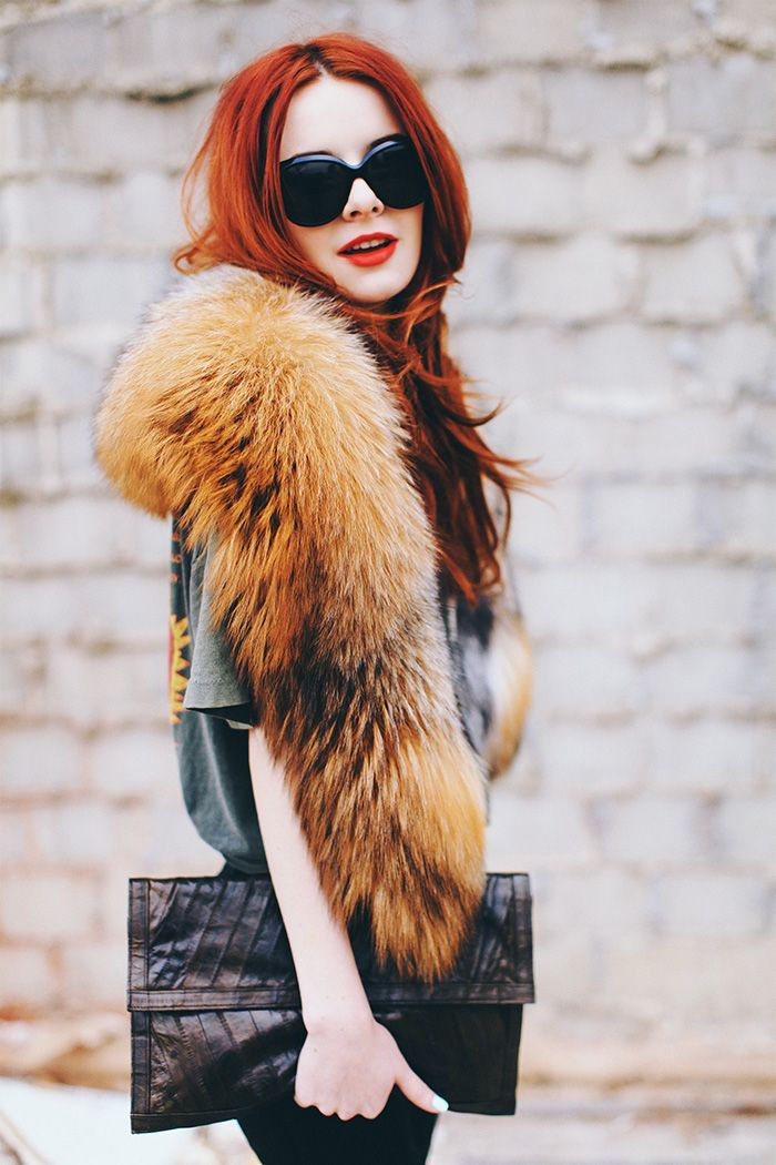 fox fur scarf stole collar winter trend style outfit fashion how to wear
