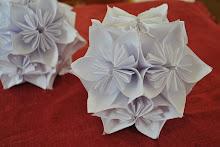 Blomboll av kusudamablommor