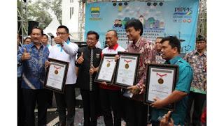 E-Kelurahan Kota Bandung: Antara Pelayanan dan Bisnis Telkom