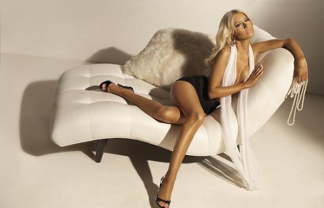 Pictures of Christina Aguilera 24