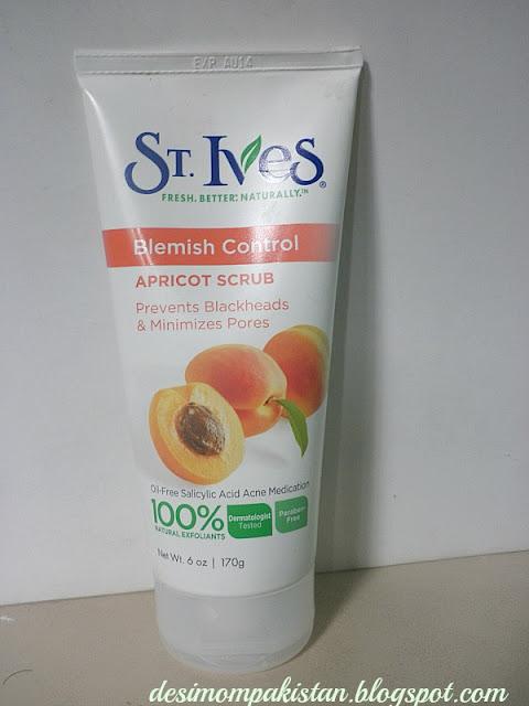 St IVES NATURALLY CLEAR  APRICOT SCRUB  BLEMISH CONTROL