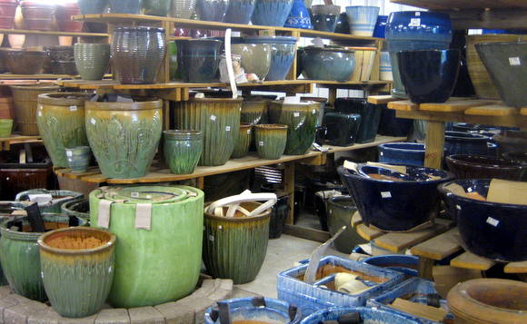 buying flower pots