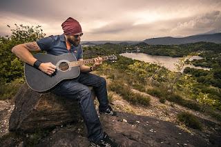 Cara Memetik Gitar Baik Benar Betul Bagus Mudah Indah Enak Untuk Pemula