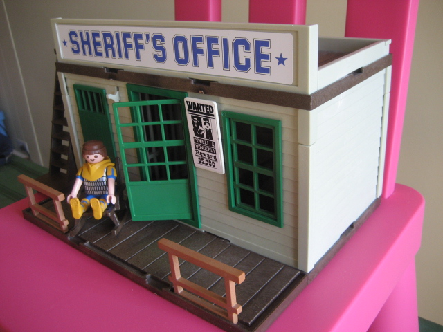 I Think This Is A Great Little Set And Wish The Sheriffs Horses Came With It Too Ll Vere Keep My Fingers Crossed
