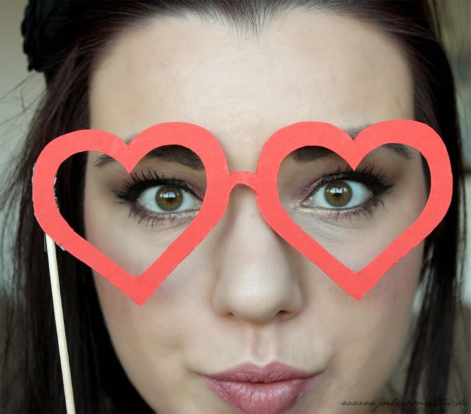 Augen Make-up zum Valentinstag