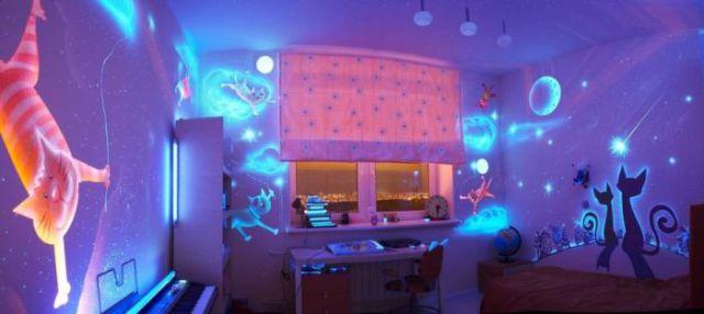 Glow-Bedroom-Decoration