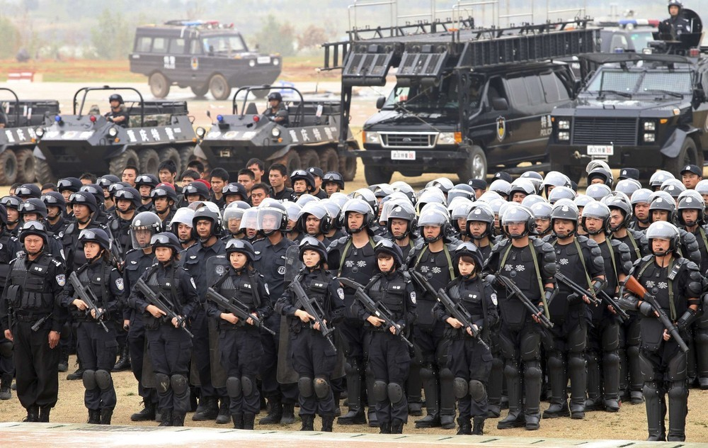 Chinese Special Weapons and Tactics (SWAT) Team | Chinese ...