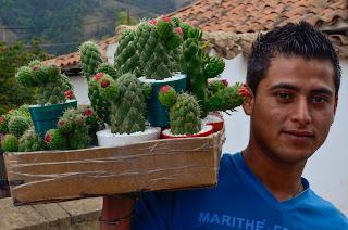 Vendedor de Cactus en Villa de Leyva. Foto: Jorge Bela Kindelan