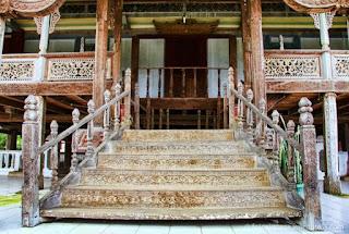 Gambar Rumah Adat Lampung