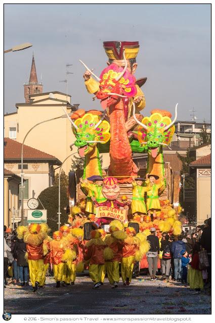 Carnevale cantù maschera carro 1