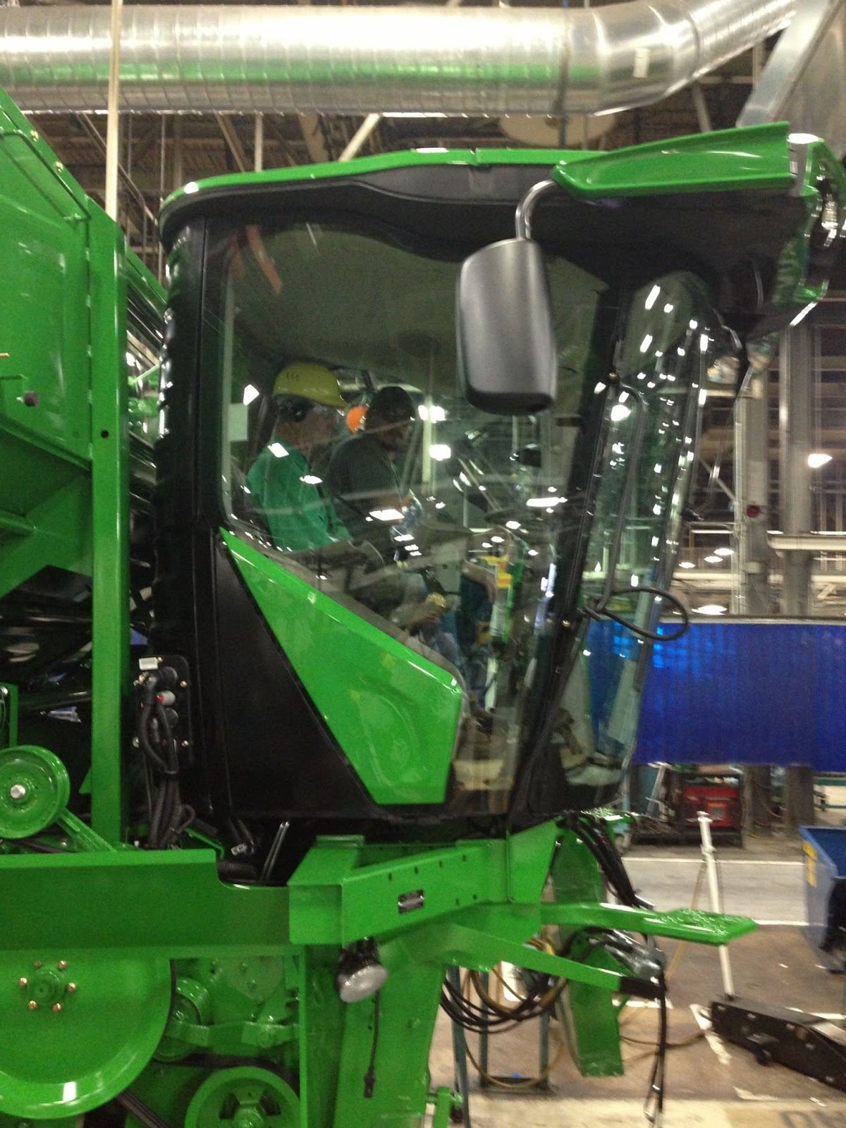 John Deere Assembly Line : Johnson family farms planting update