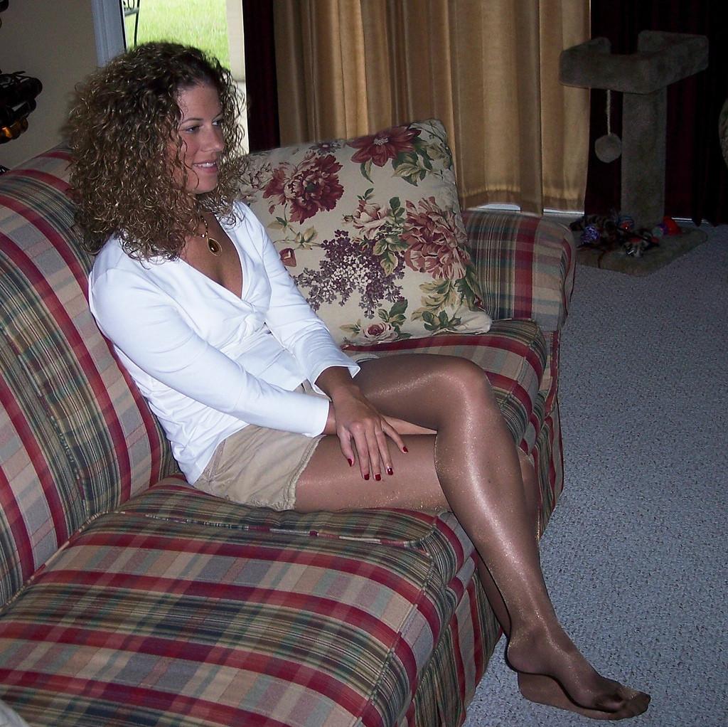 http://3.bp.blogspot.com/-5bnBtUxfByQ/Tw55IjHCaSI/AAAAAAAAEcQ/b2a7jpFsWNs/s1600/shiny+tights+sexy+n+%252811%2529.jpg