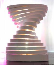 EM Design présentait ADN un meuble sculpture pour collectionneur