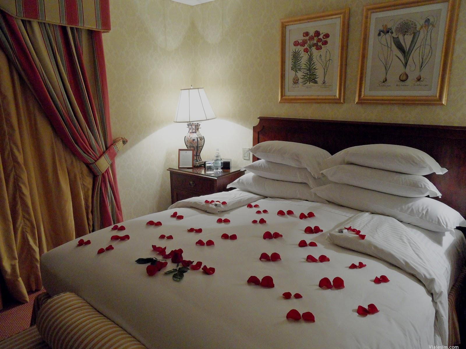 quarto à noite já preparado pela camareira #62402C 1600 1200