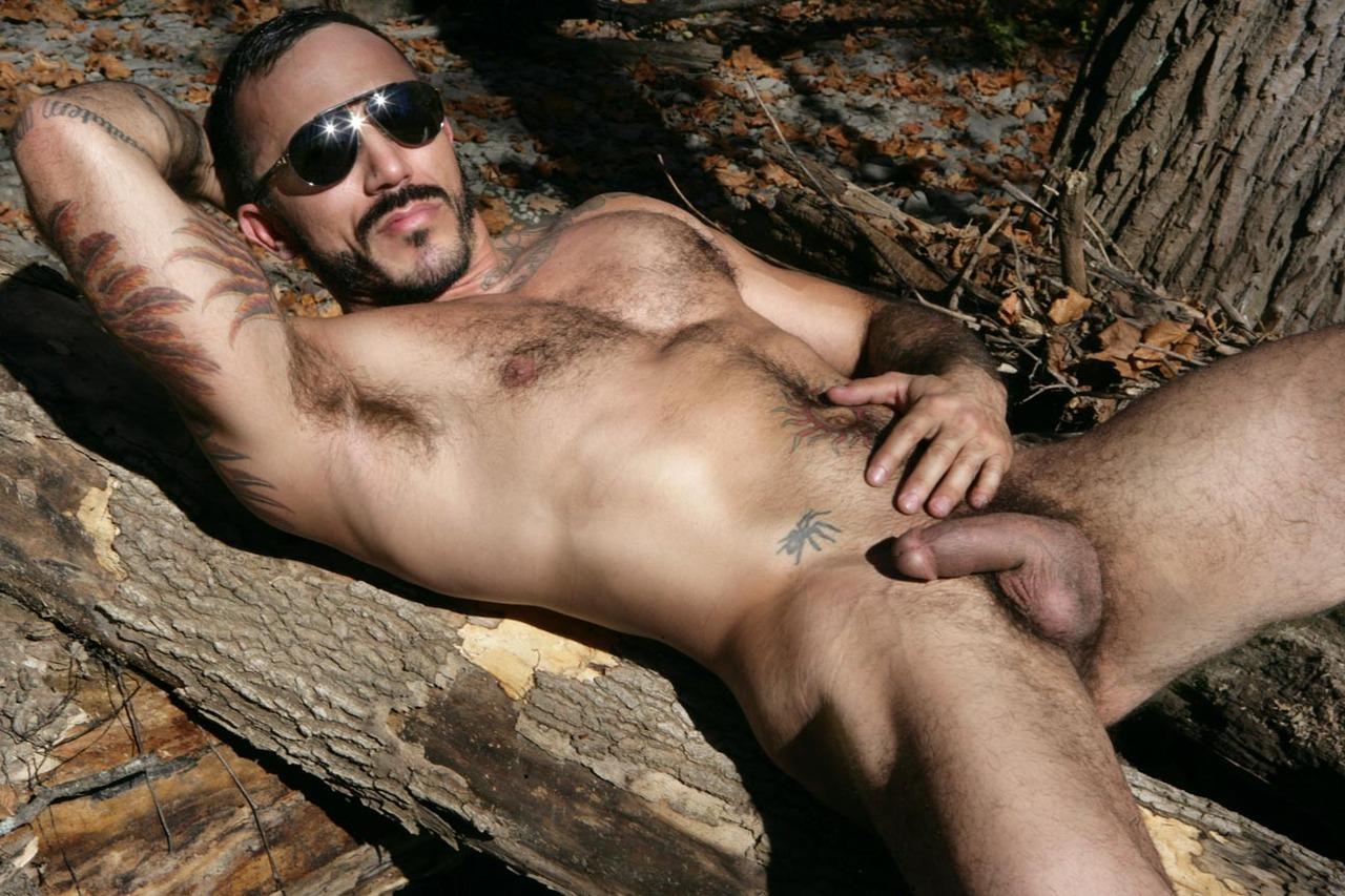 Эротика мужики голые, Голые парни: порно видео онлайн, смотреть порно на 3 фотография