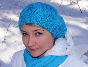 Blue Leaves Beret