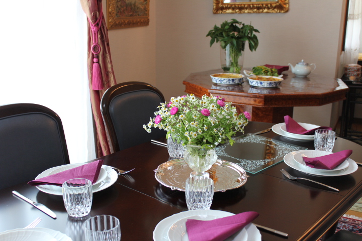 Tea party table decoration photograph table de france aft for Afternoon tea decoration ideas