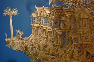 http://3.bp.blogspot.com/-5cHiSRgWUpg/TclgiPX2mLI/AAAAAAAAPKk/8D1wgtuVzzs/s1600/toothpick-kinetic-sculpture-san-francisco-12.jpg