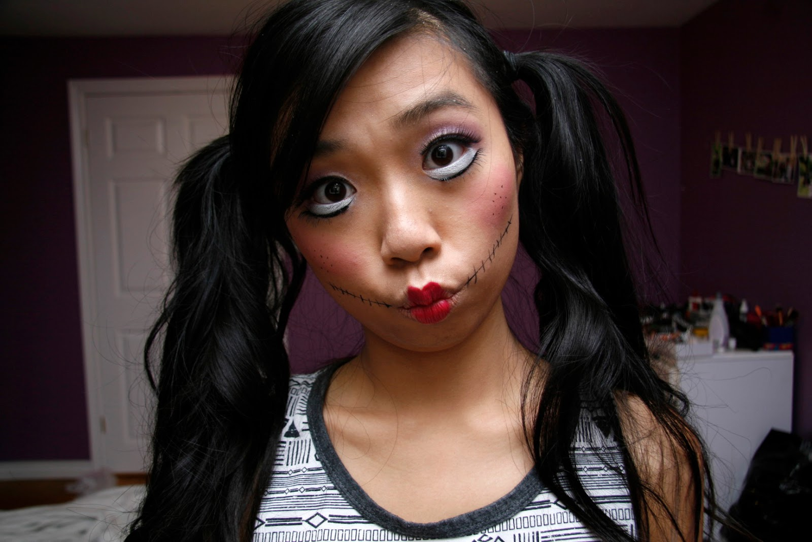 Fish Face Makeup Smaller For a Fish Face