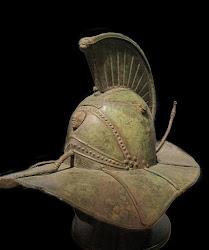 Elmo de bronze pertencente a um gladiador