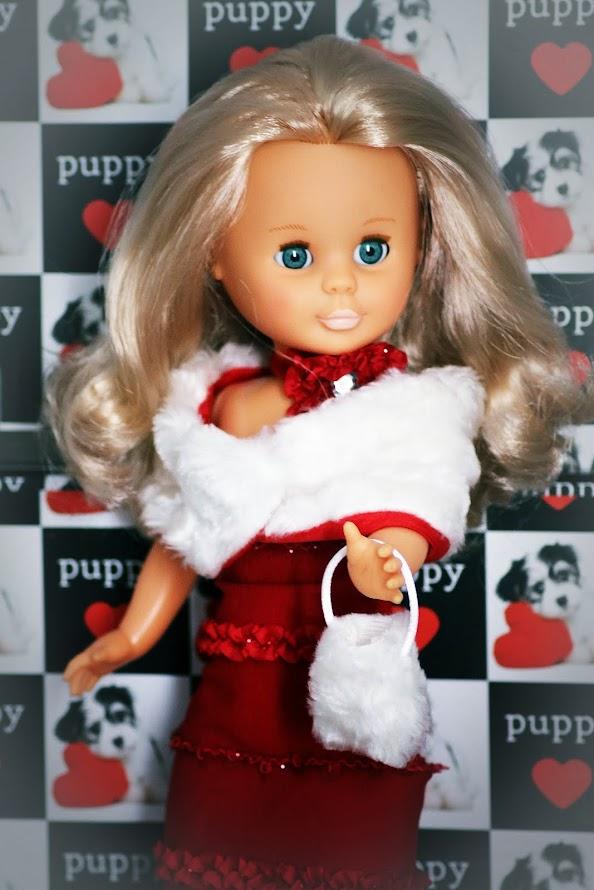 Cosiendo para Nancy, ademas de otras muñecas