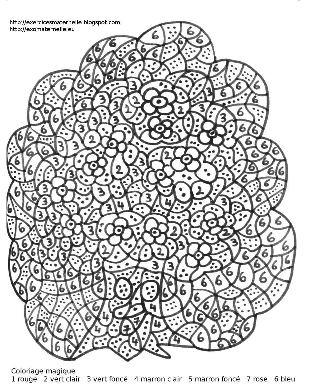 Coloriage magique maternelle un arbre souriant et fleuri