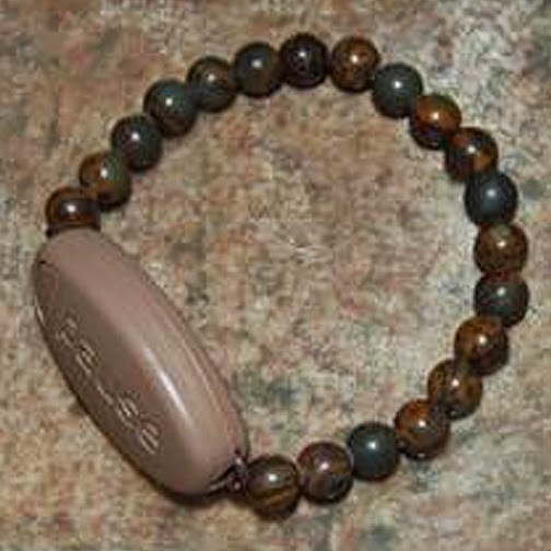 hematite mature personals Hematite is a mineral form of iron oxide, which occurs naturally as iron ore metal rich iron ore can be mined and polished as a natural gemstone however, these beads, like almost all modern hematite beads, are man-made stones made from processed iron oxide.