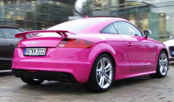 Audi TT-RS in pink