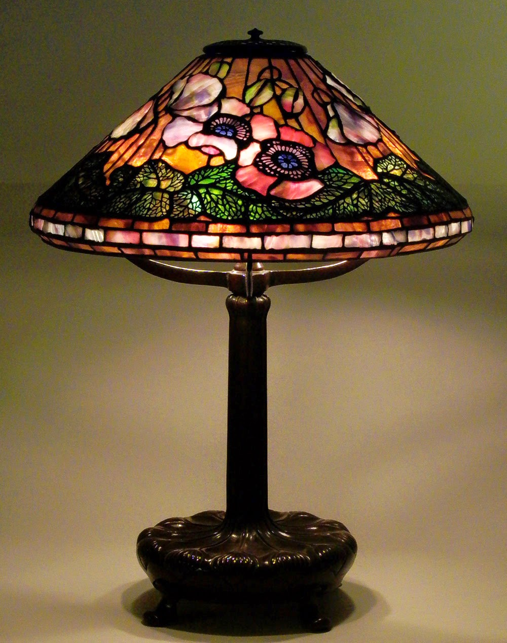 ... Collection Private Collection Snowball Lamp Dragonfly Lamp Forward