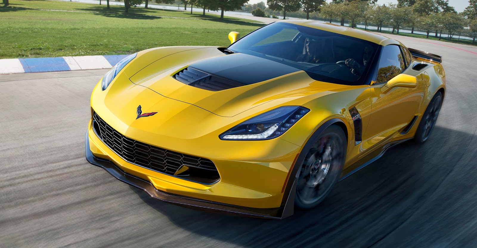 2015 Chevrolet Corvette Z06 Debut Review