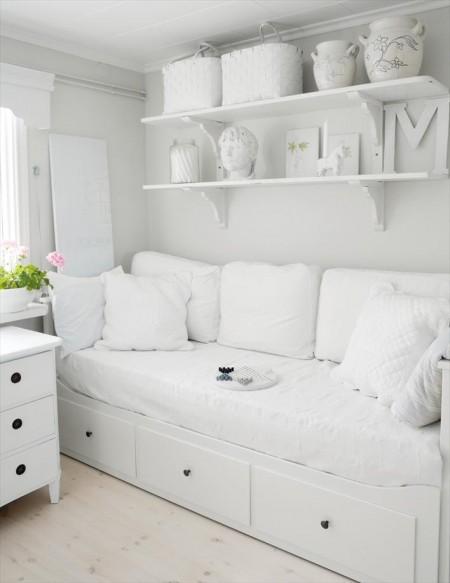 Cosiendo con mi blythe la habitaci n blanca un div n - Divan ikea blanco ...