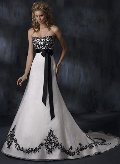 Black N White Wedding Dresses : White wedding dress designs with ribbon decoration dresses