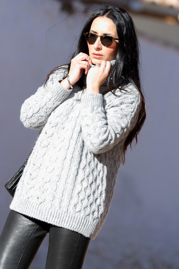 Spanish fashion blogger wearing Muubaa leather trousers