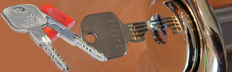 Sostituzione serrature venezia pronto intervento fabbro h for Cilindro europeo cisa
