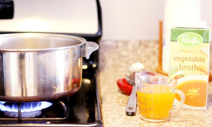 Quinoa Soup, Quinoa Chickpea soup, Healthy soup recipes, cold weather soups, quick soup recipes