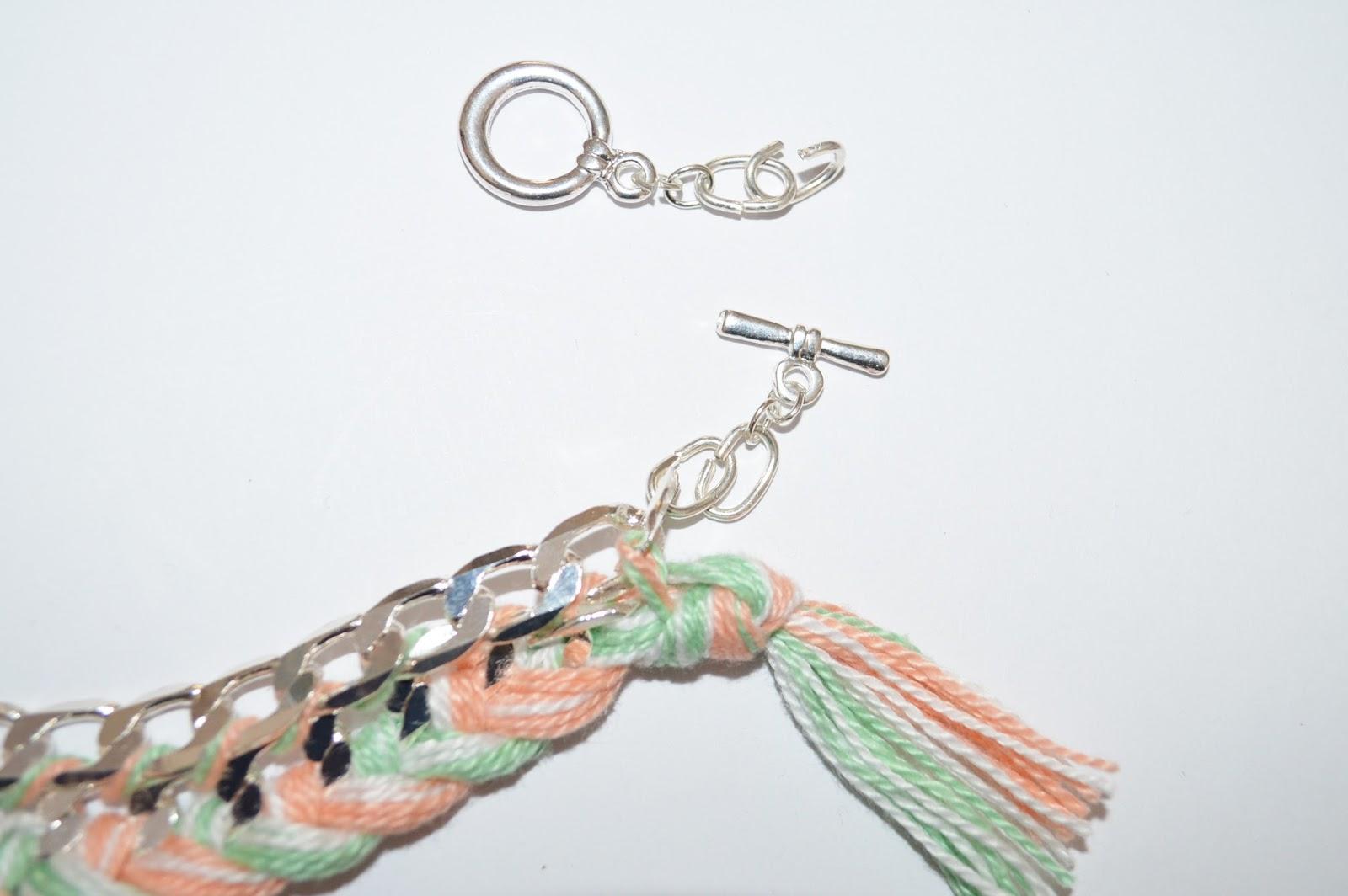 Et cest fini ! Vous pouvez varier le style du collier en variant par ...