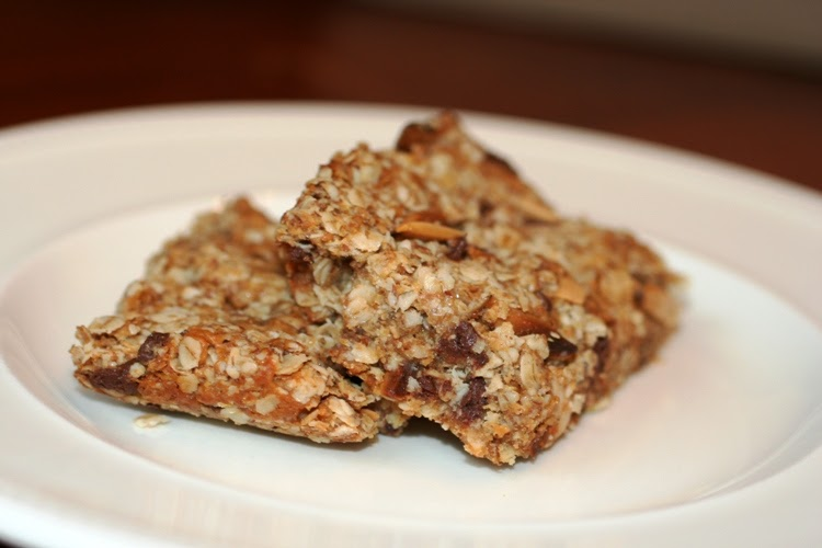 The Nummy Little Blog: Peanut Butter and Honey Granola Bars