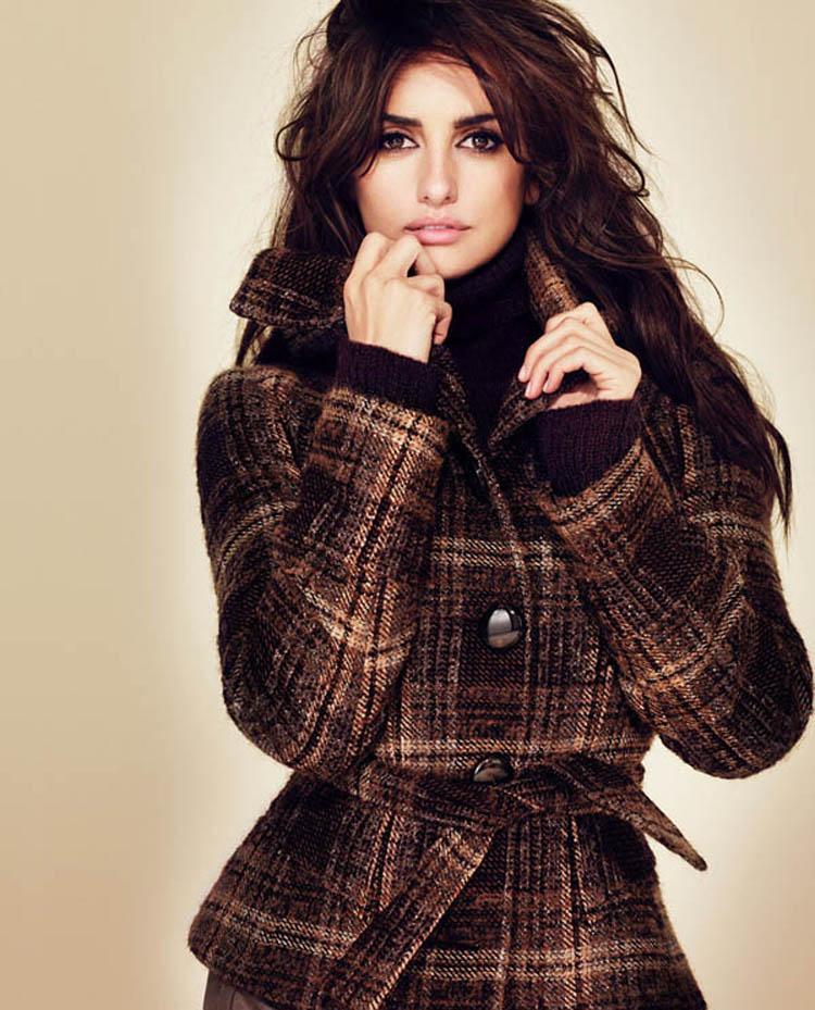 Fresh Look Celebrity Penelope Cruz Hairstyles 35