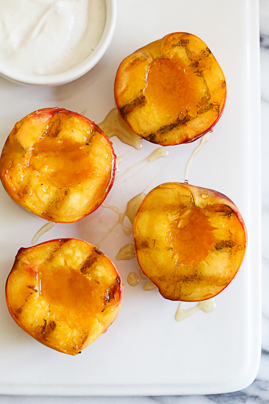 Grilled Peaches With Honey and Yogurt | Skinnytaste | Bloglovin'