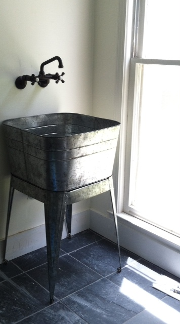 Laundry Wash Tub : Crazy Wonderful: galvanized laundry sinks