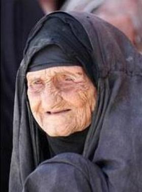 أغنى امرأة في العالم قصتها تدمع لها الأعين