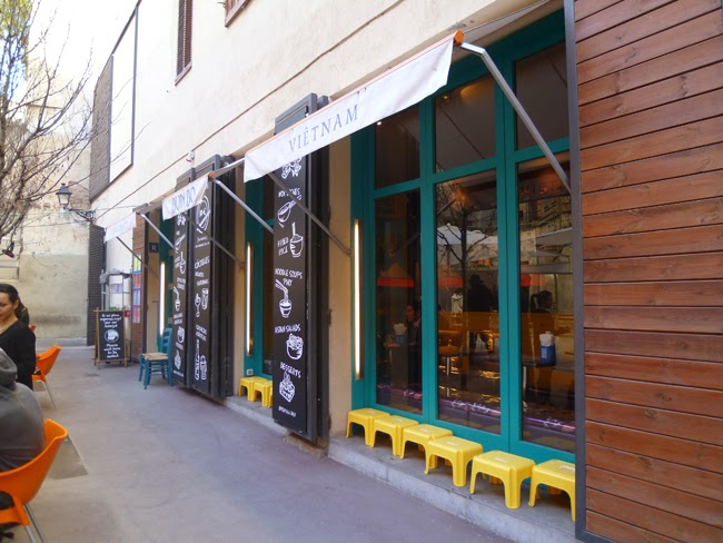 Barcelona es bona primavera en la ciudad de las mil maravillas indonesia o as - Restaurante vietnamita barcelona ...