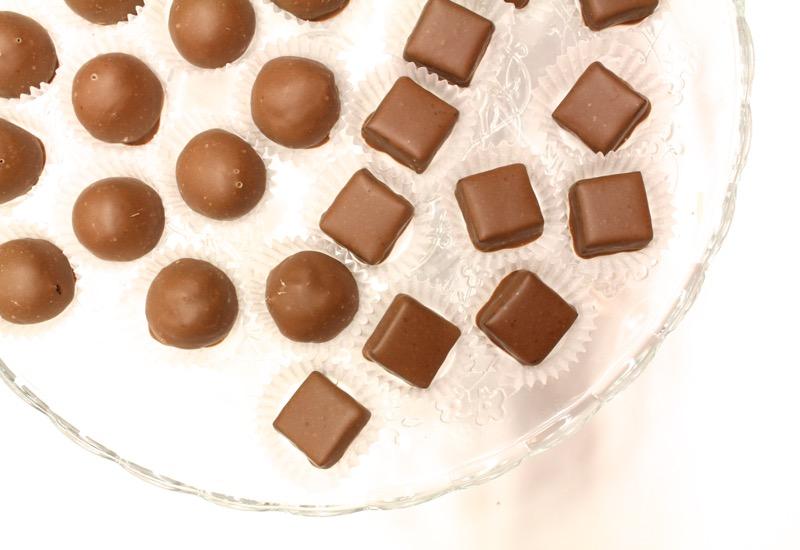 Kauniit suklaakonvehdit
