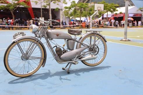 Xe Siêu Cổ Độc Nhất Việt Nam