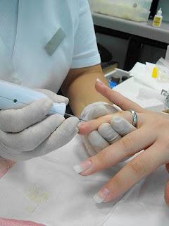 preparar cutícula das unhas