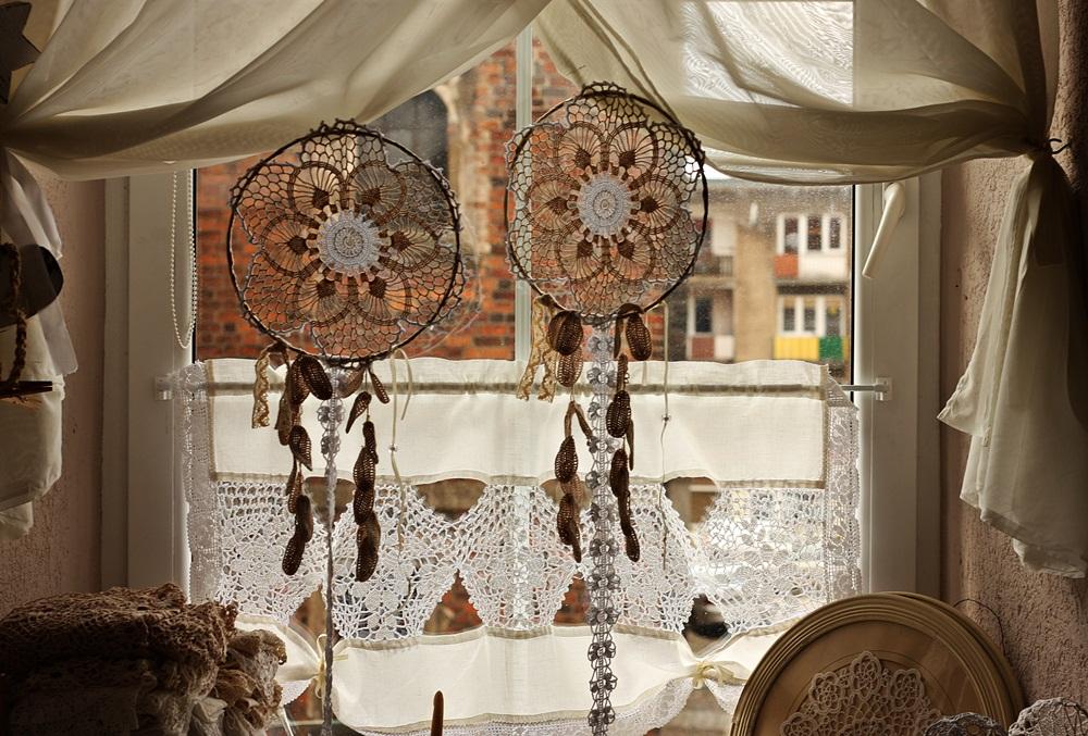 Okienne dekoracje