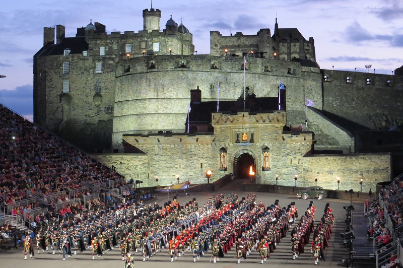Millennium dragon the royal edinburgh military tattoo 2015 for Royal edinburgh military tattoo