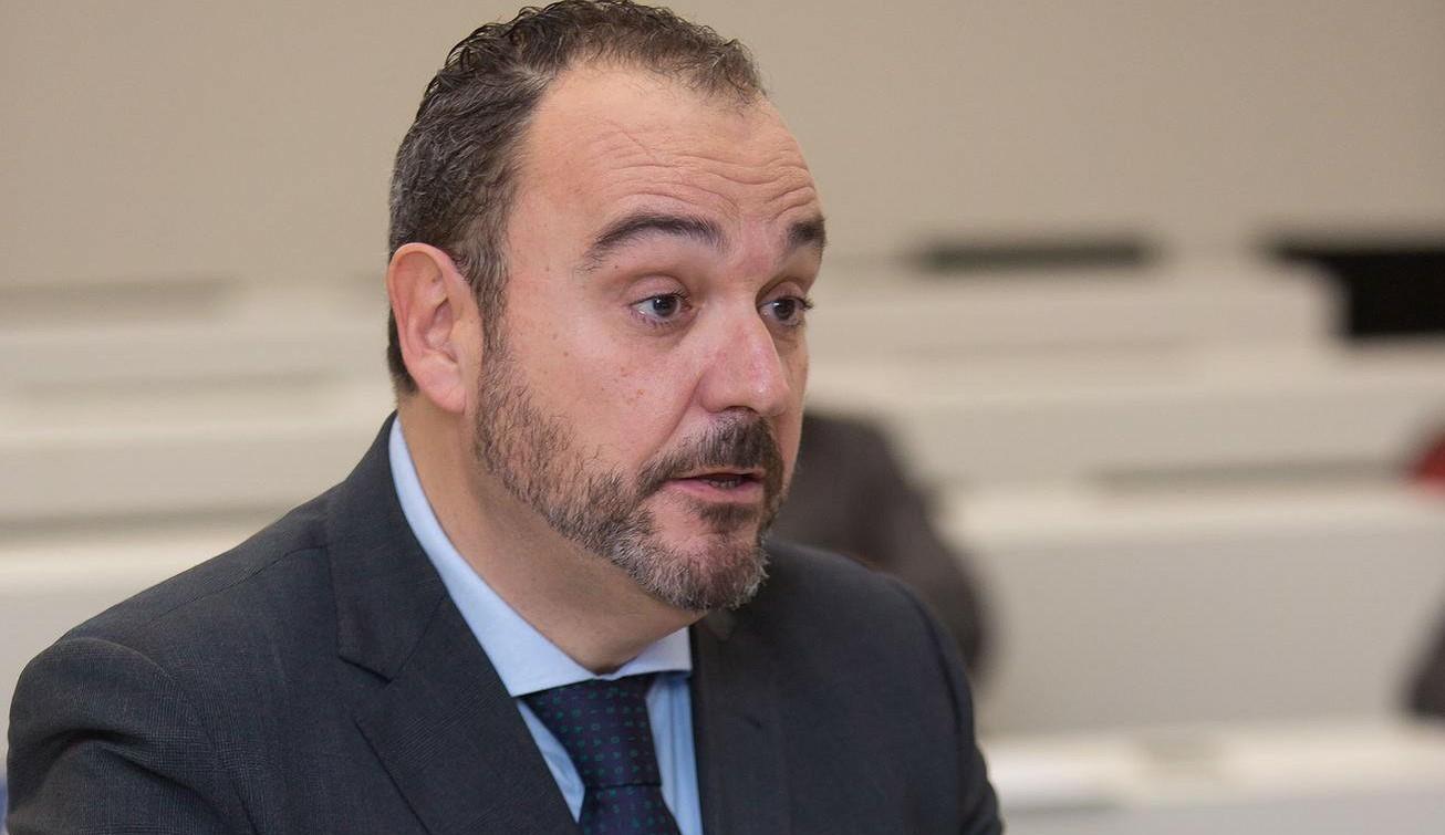 J.P. COLMENAREJO, DOCTOR EN COMUNICACIÓN
