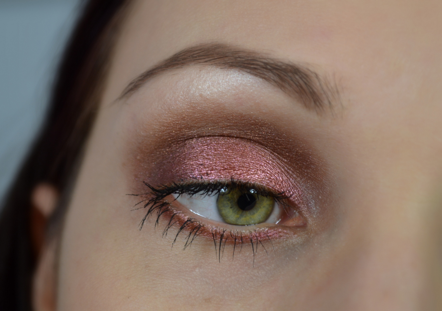 http://blushesandmore.blogspot.co.at/2014/01/review-mac-star-violet-mein-erster.html