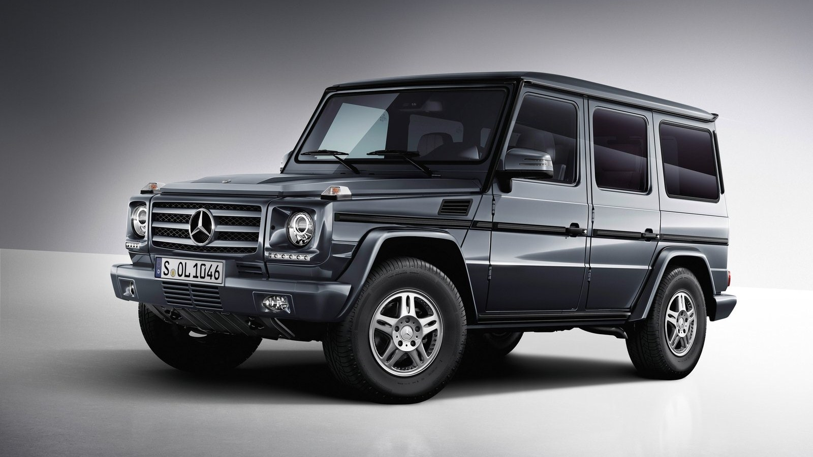 mercedes g class series auto review. Black Bedroom Furniture Sets. Home Design Ideas